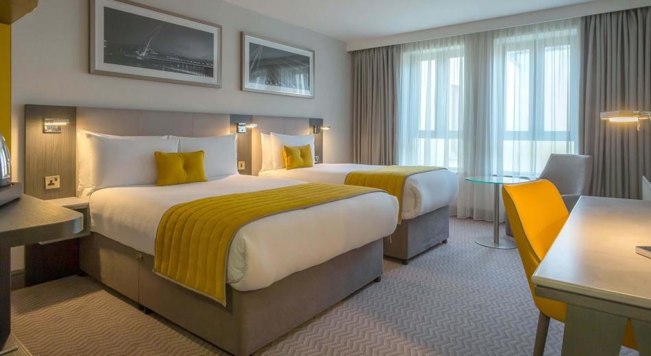 Double-single-bedroom